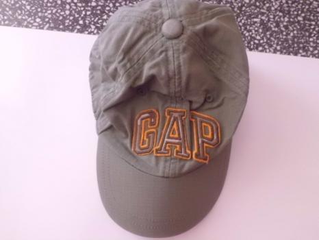 GAP orig nepoužitá chlapecká khaki kšiltovka