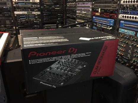 Pioneer DJM-900NXS2 4-kanálový DJ mixér NXS2 DJM-900