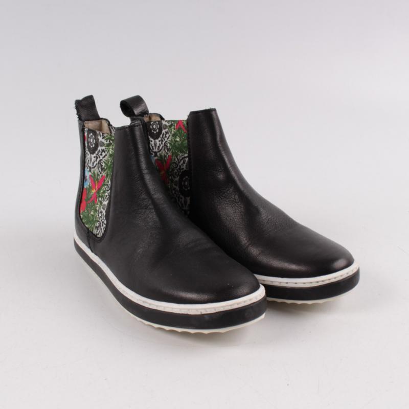 6cc0fecd804 Kotníčková obuv Desigual