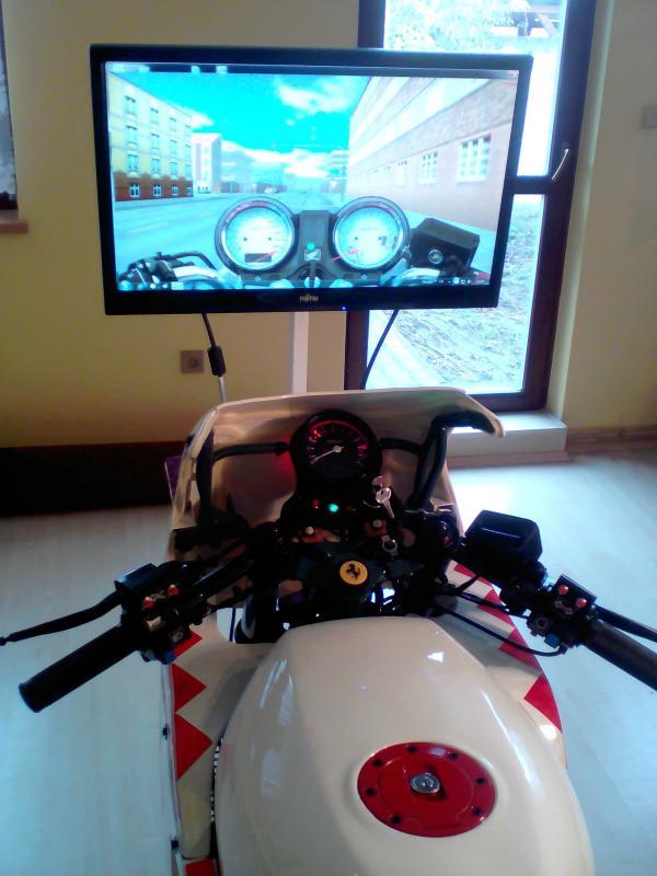 Trenažer motocykl