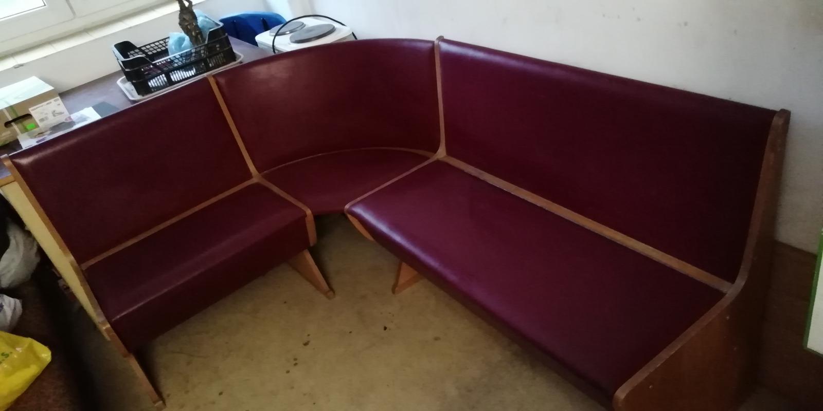 rohová lavice