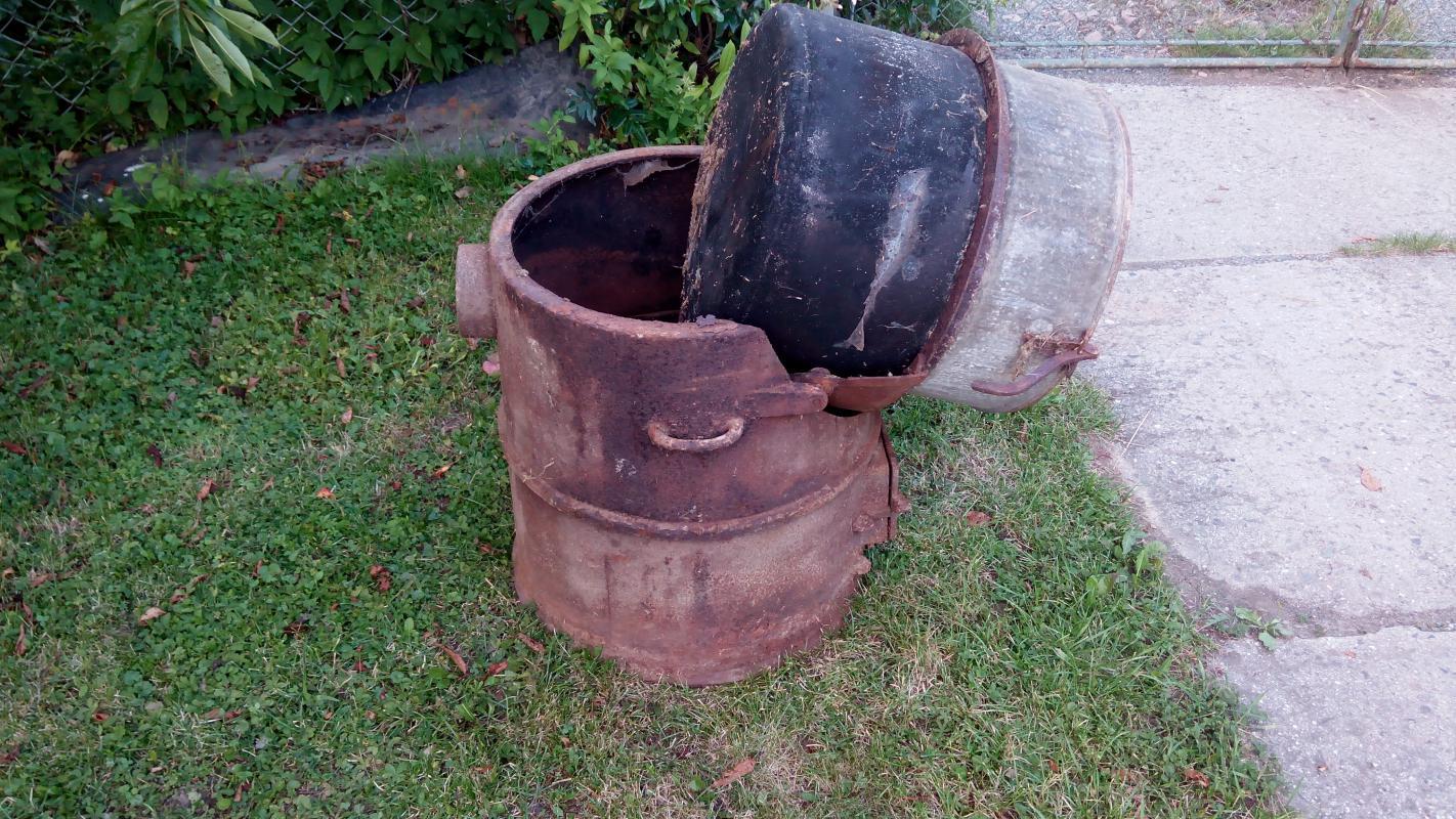 Historický litinový pařák, kotel na brambory – na 100 litrů