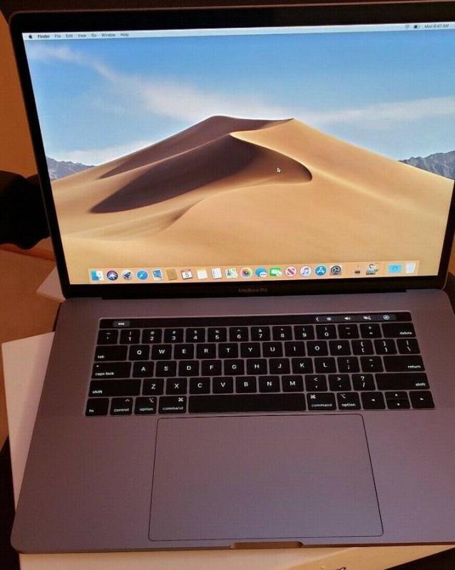 Apple MacBook Pro 2019 15-inch 2.4ghz i9 8-core 32gb 2TB SSD