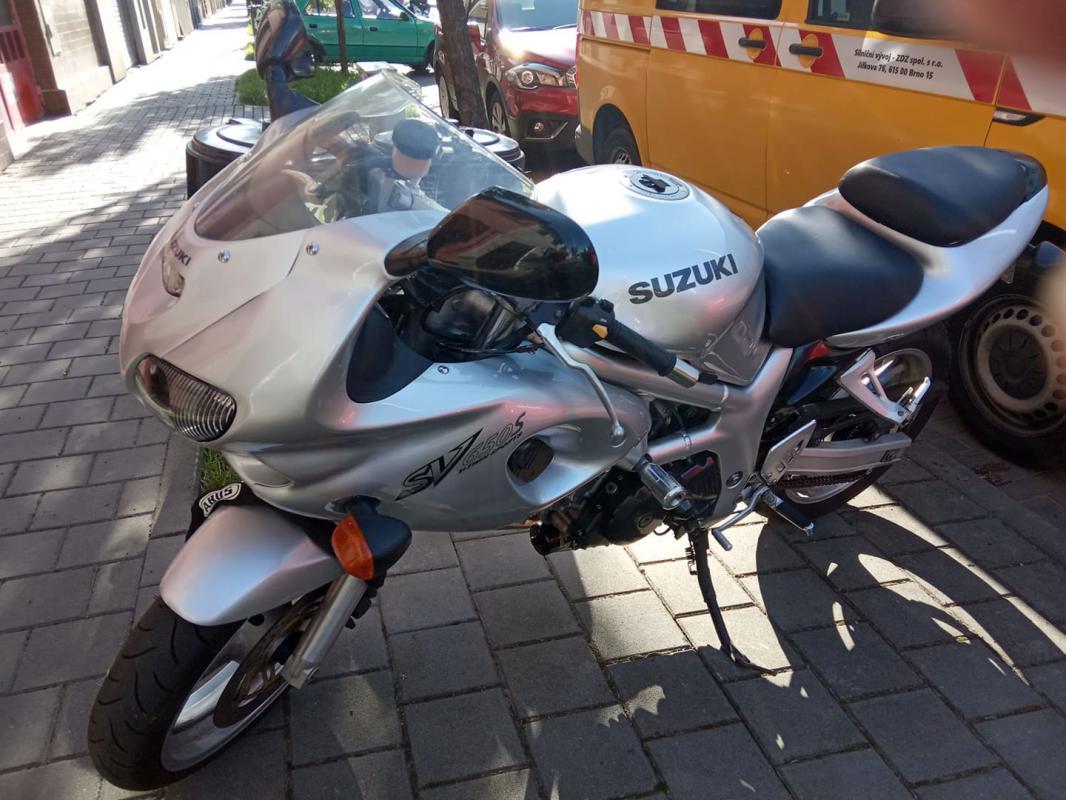 Prodám   Suzuki SV 650 S  r.v. 2002